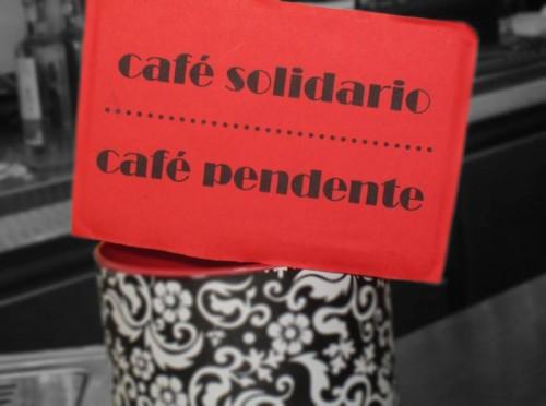 Bote de consumiciones solidarias        Foto: D.M.