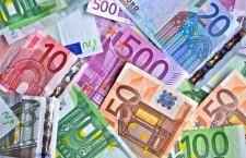 Dineros y destinos