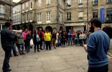 Colectivos sociales y partidos políticos convocan una asamblea ciudadana en Santiago