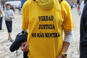 Camiseta víctimas del accidente de Angrois en la Plaza del Obradoiro 24 de julio de2014