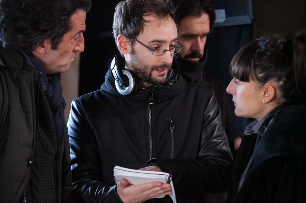 Luis Zahera, Alex Sampayo y Candela Peña en el set de rodaje
