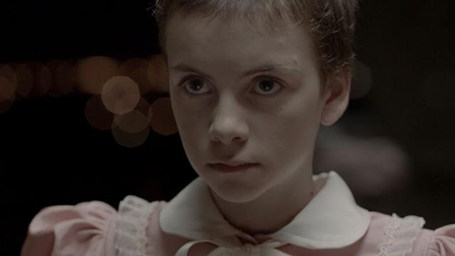 Lucía Pollán como Alicia
