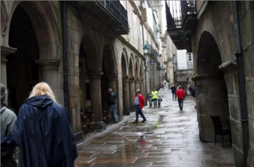 FOTO: Mariel Norat. Rúas magazine.-Rúa do Vilar (Santiago de Compostela)