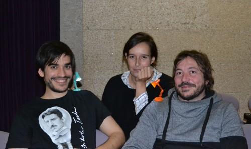 Os dous integrantes da compañía, Anxo Manoel e Rubén Pérez, xunto á directora do Centro Dramático Galego, Fefa Noia