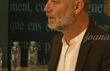 Xuan Bello, ganador de la I edición del Premio Nacional de Literatura Asturiana